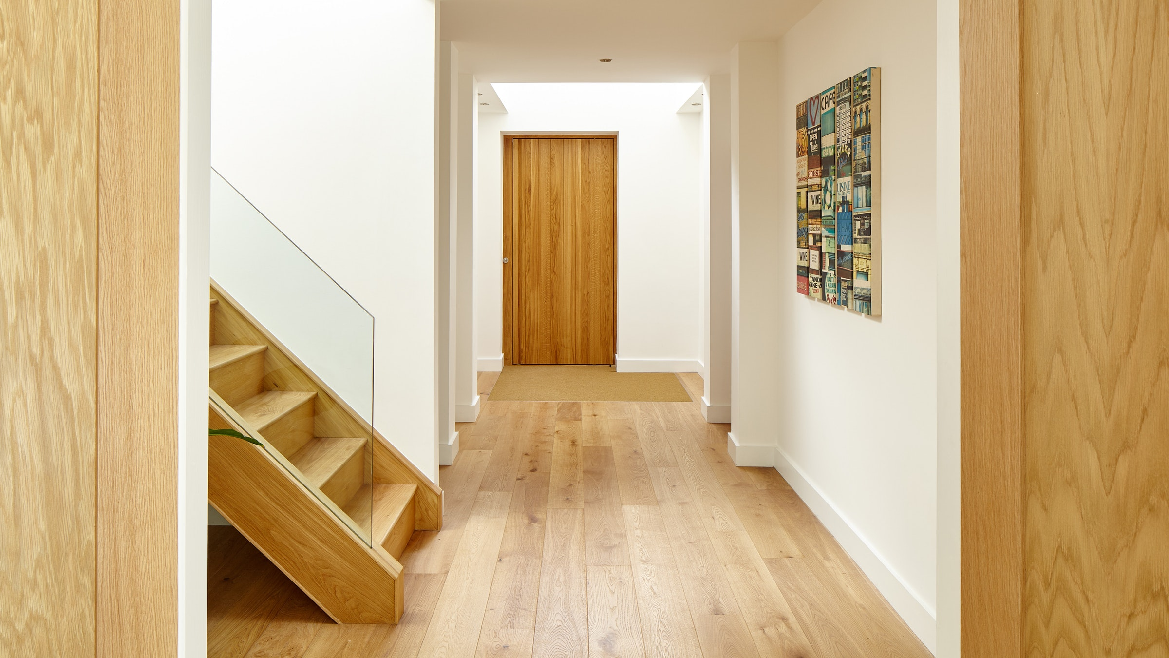 Advantages and Disadvantages of Hardwood Front Doors